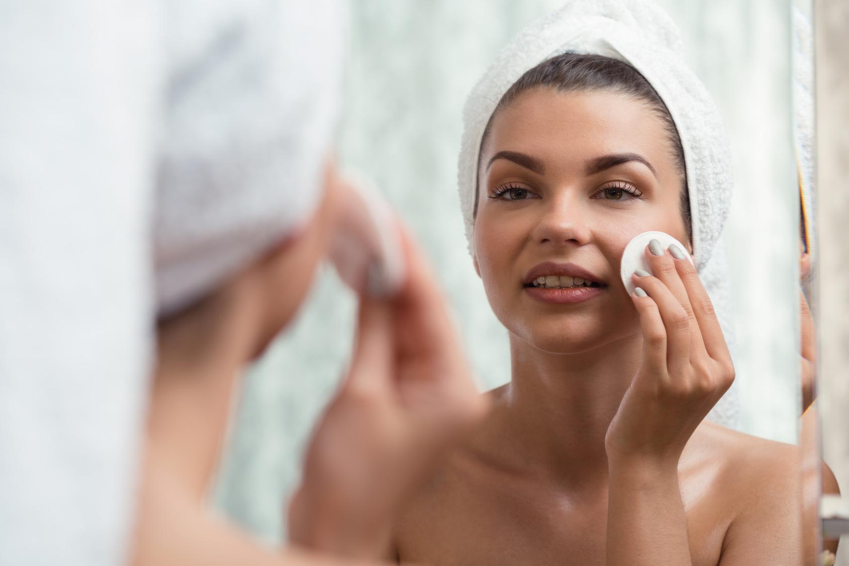 Los 9 mejores tonificadores para pieles propensas al acné