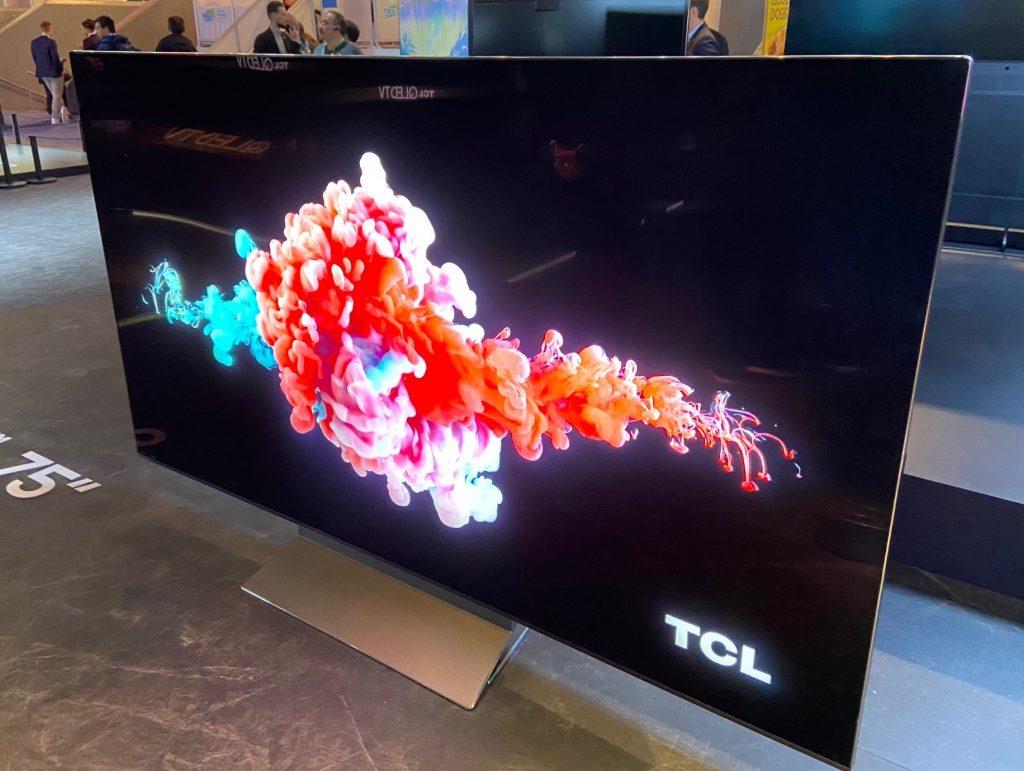 1580388124_212_Manos-a-la-obra-Mini-LED-TV-8K-TCL-8-series
