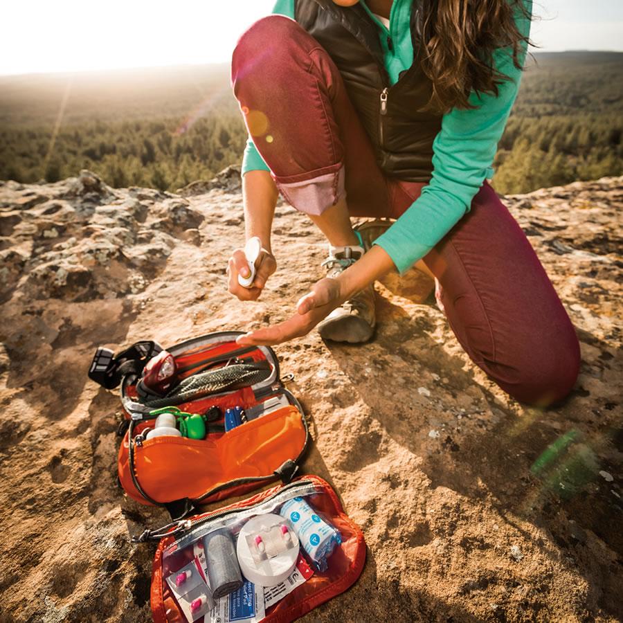 574_10-artículos-esenciales-para-acampar-que-son-fáciles-de-transportar