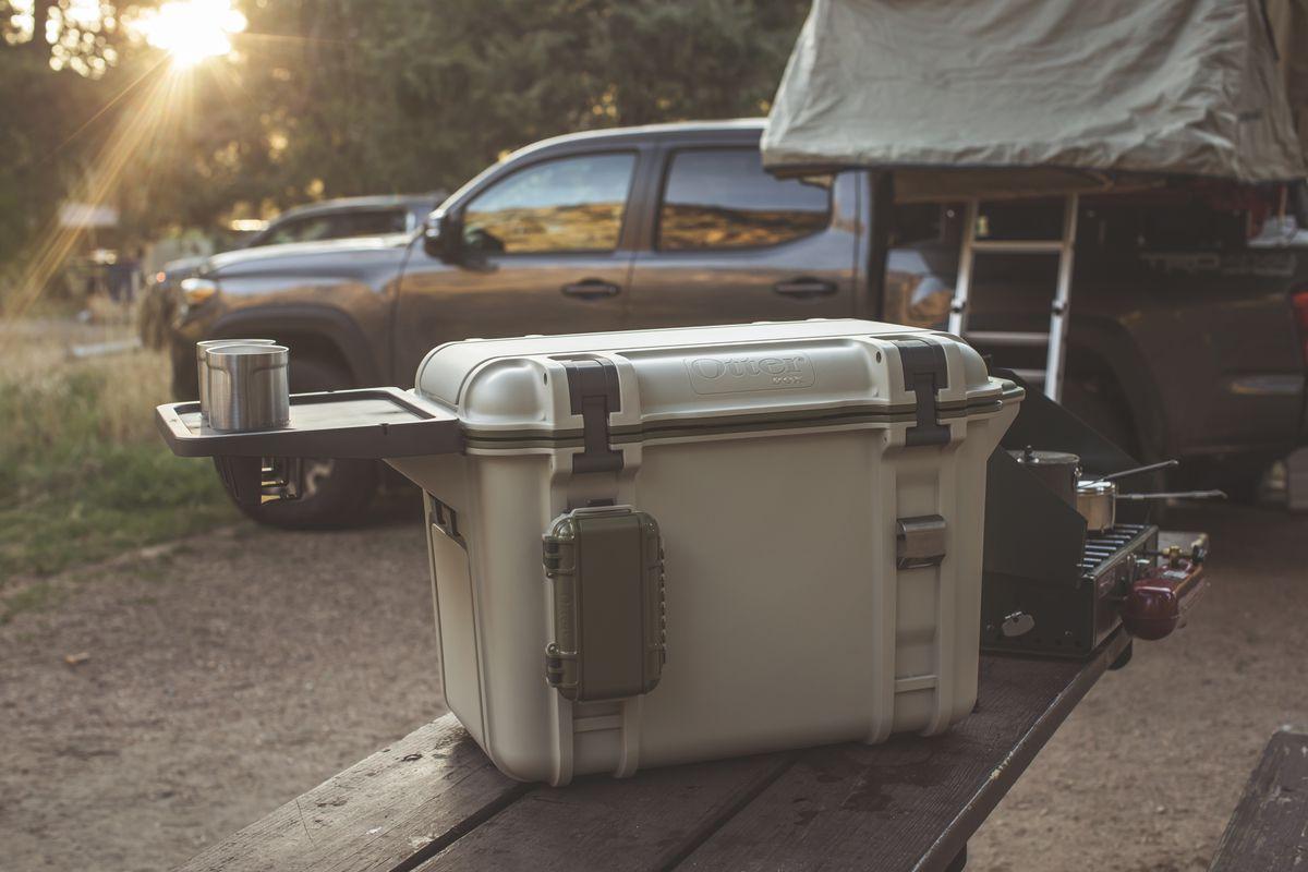 890_10-artículos-esenciales-para-acampar-que-son-fáciles-de-transportar